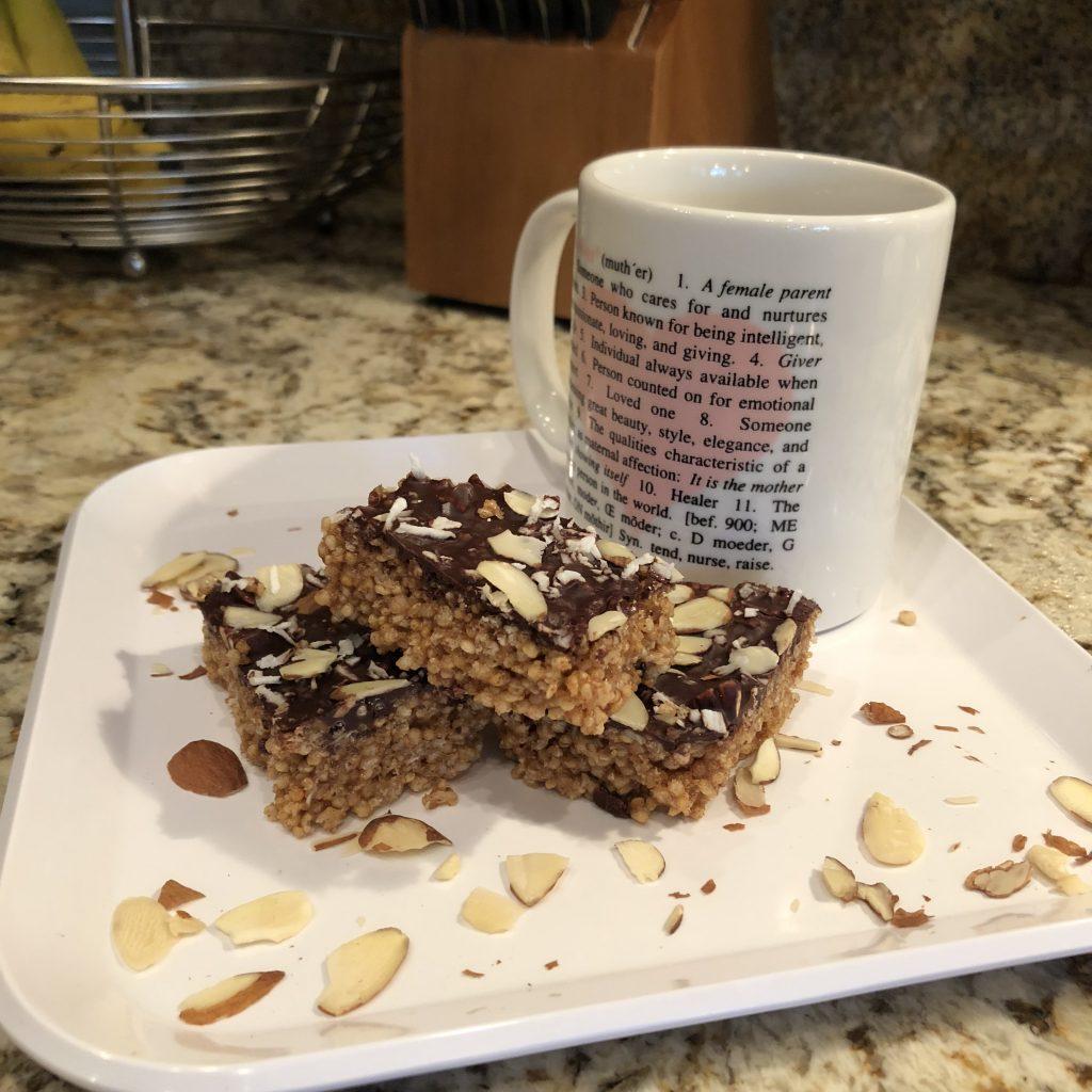 Quinoa puffs, gluten free, snack bars, pre workout